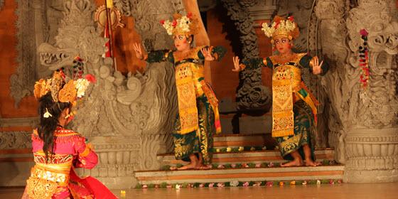 560px_Bali_ Arian Zwegers