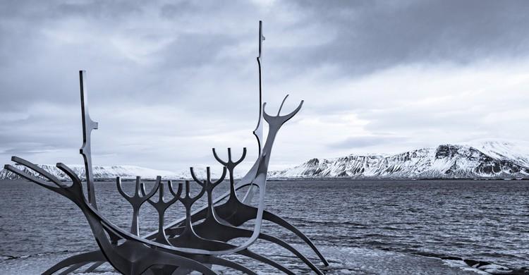 Escultura Solfar Sun Ship (mhx-Flickr)