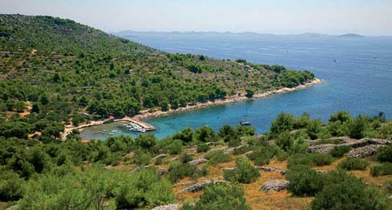 La de Cigrada es una de las mejores playas de la isla de Murter