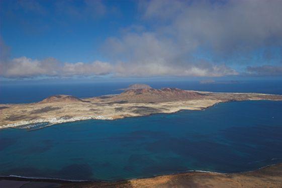 La isla de La Graciosa es uno de los mejores destinos de buceo de Europa.