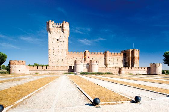 El Castillo de la Mota, en Medina del Campo, fue residencia de los Reyes Católicos