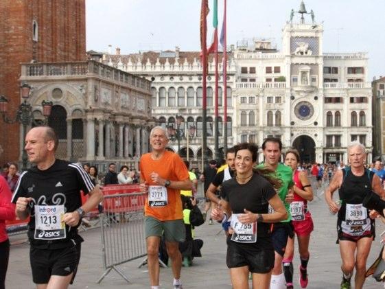 La belleza del recorrido del maratón de Venecia no tiene parangón