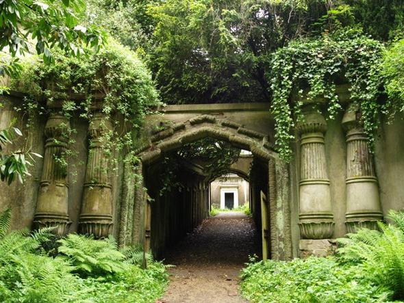 Highgate Cemetery, Londres.