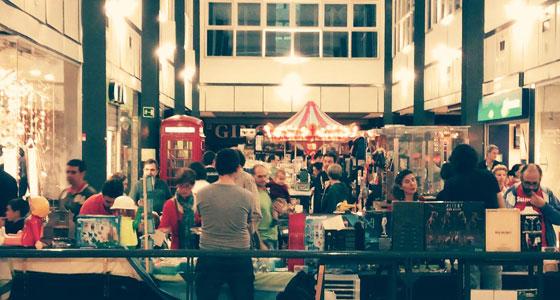 El Mercado del Juguete Antiguo, en Madrid, es uno de los mercados más bonitos de España.