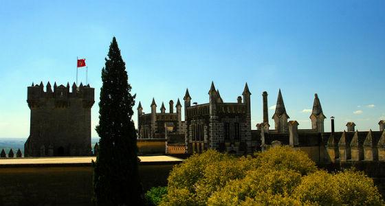 Castillo de Almodóvar: 15 castillos de España que tienes que ver
