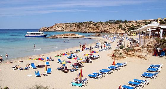 10 destinos para viajar sin límite de presupuesto_Ibiza