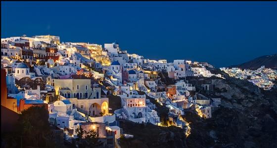 10 destinos para viajar sin límite de presupuesto_Mikonos_Santorini