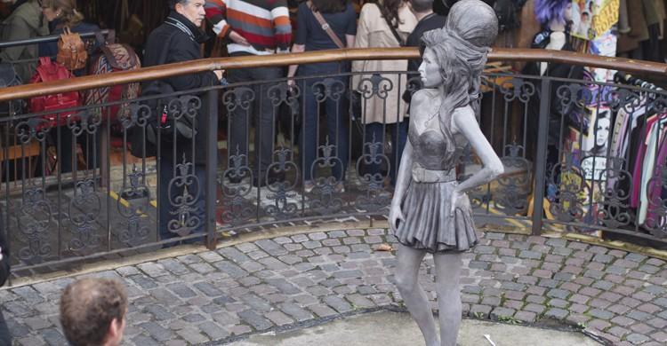 Estatua Amy Winehouse (Flickr)