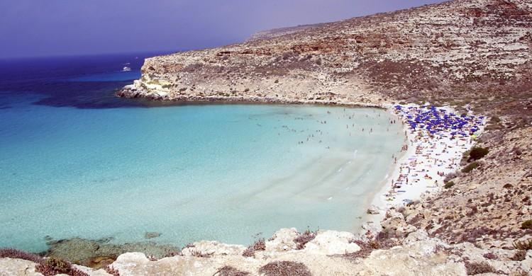Playa de los Conejos (iStock)