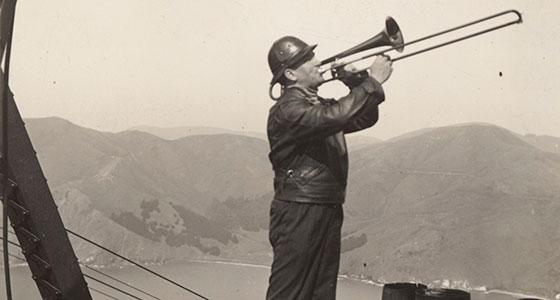 Un obrero durante la construcción del Golden Gate. / Foto: San Francisco Public Library