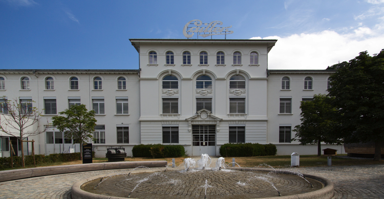 Fachada de la Maison Cailler, en Suiza. - Norio Nakayama, Flickr