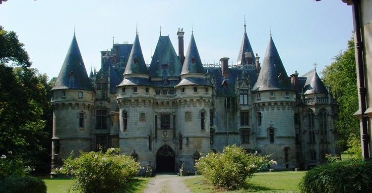 Castillo de Vigny. «Vigny nord» de Ruizo - Trabajo propio. Disponible bajo la licencia CC BY-SA 3.0 vía Wikimedia Commons - https://commons.wikimedia.org/wiki/File:Vigny_nord.jpg#/media/File:Vigny_nord.jpg