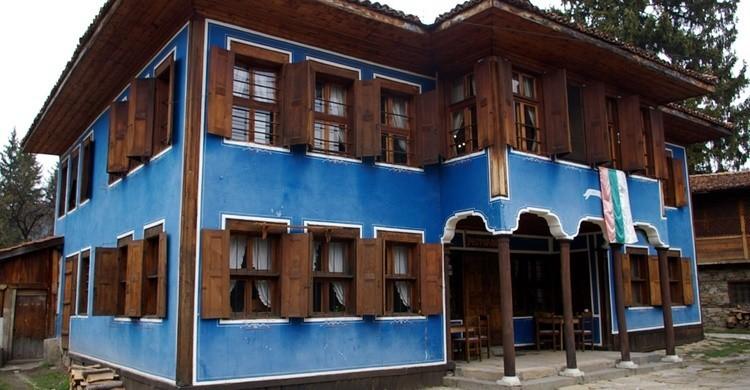 Una de las casas típicas de Koprivshtitsa, uno de los pueblos más bonitos de Bulgaria. Donald Judge (Flickr)