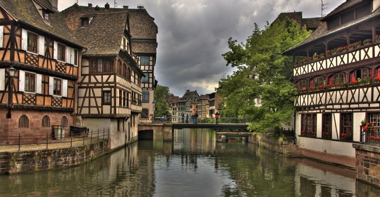 Vista parcial del casco antiguo de Estrasburgo. Stefan W (Flickr)