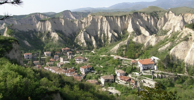 Melnik, entre acantilados. Klearchos Kapoutsis (Flickr)
