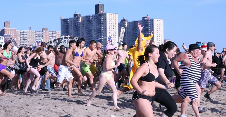 Coney Island Polar Bear Club Swim 2012. TheGirlsNY, Foter