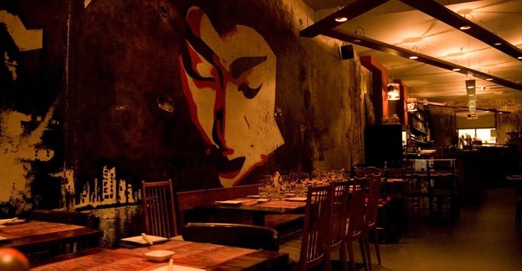 Sala del restaurante Doble Zer00