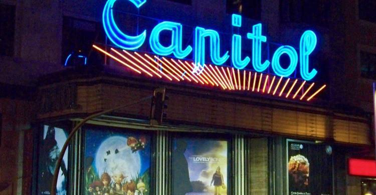 Cine Capitol, en plena Gran Vía. El Tabernero (Flickr)