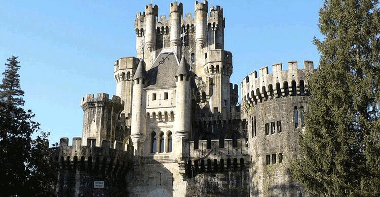 Castillo de Butron (wikipedia.org)