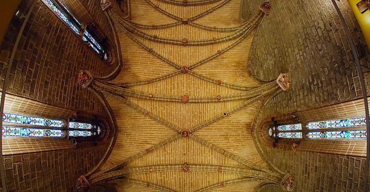 Templo gótico en el interior de la catedral de Pamplona (Flickr)