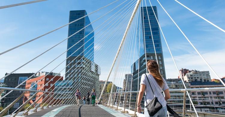 Puente de Calatrava de Bilbao (iStock)