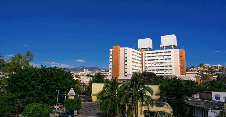 Honduras (https://www.flickr.com/photos/nanpalmero/13440874165)