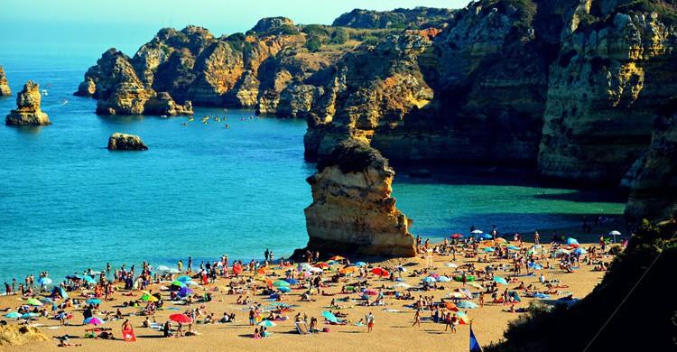 Playa Doña Ana en el Algarve. Freebird (Flickr)
