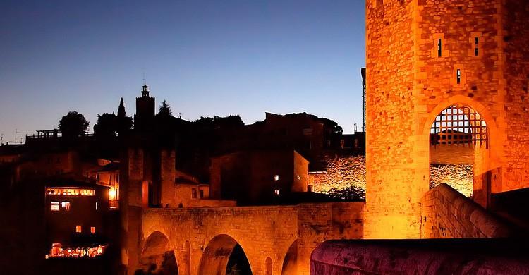 Torre del casco medieval de Besalú (Flickr)