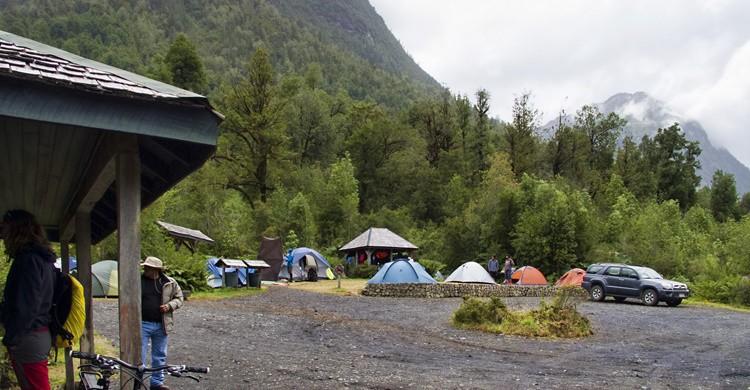 Tiendas de campaña en el Parque de Pumalín, en Chile. Dan Lundberg (Flickr)