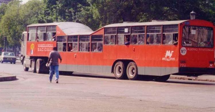 Transporte público en La Habana, Cuba (Flickr)