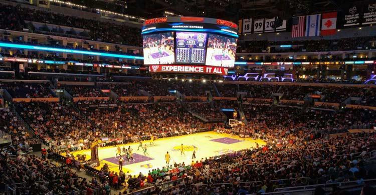 Staples Center, en Los Ángeles (aviewfrommyseat.com)
