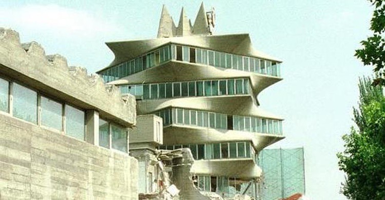 La Pagoda de Fisac antes de ser demolida (daimieldiario.blogspot.com)
