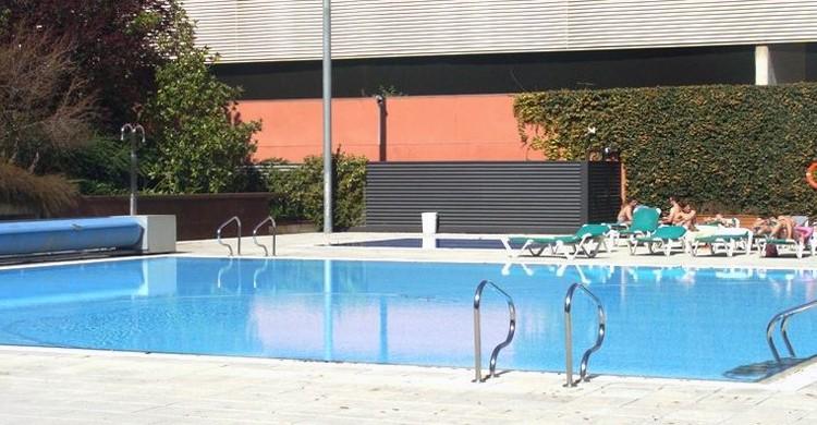 A pie de piscina. CEM Bac de Roda (Facebook)