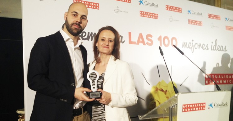 David Clemente (PM de ) y Ruth Blanch (DG) recogieron el premio en el Hotel Ritz de Madrid