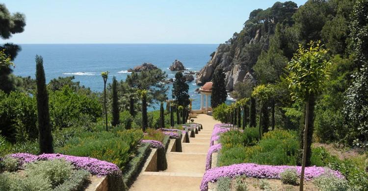 Escaleras al mar. Jardí Botánic Marimurtra – Fundació Carl Faust (Facebook)