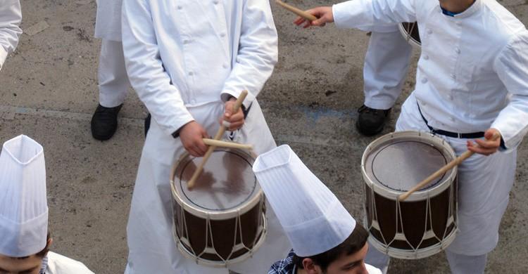 Tambores en fiestas patronales. Juan Sarasua (Flickr)