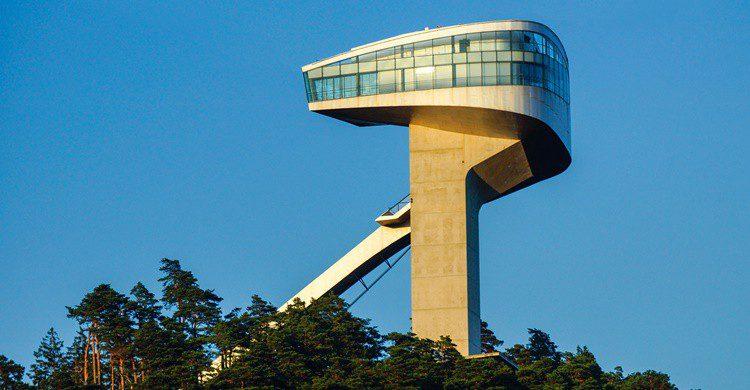Torre Bergisel. Andreaskrappweis (iStock)