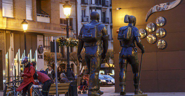 Homenaje al peregrino en Logroño. José Manuel Armengod (Flickr)