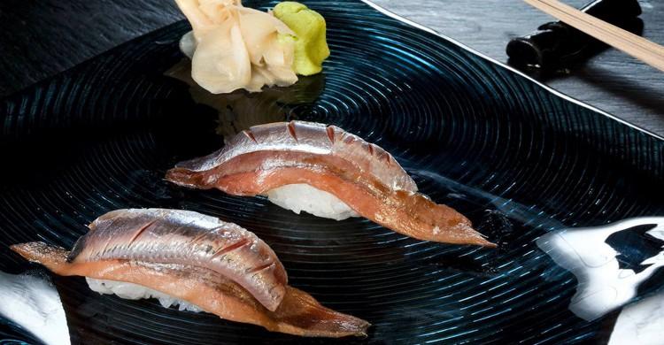 Nigiri de anchoa de Santoña y sardina fresca (99 Sushi Bar, Facebook)