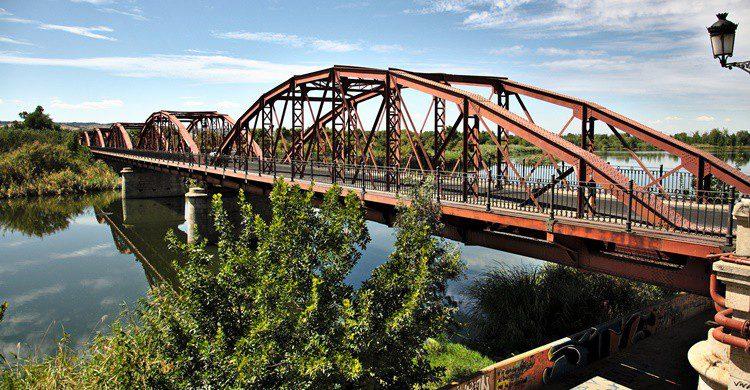 Puente de la Reina Sofía sobre el Tajo en Talavera. cr4ft3d sh4p3 (Flickr)