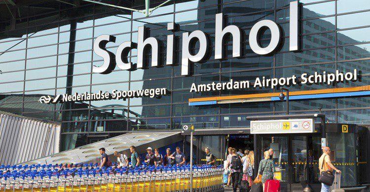 Aeropuerto de Schiphol. VanderWolf-Images (iStock)