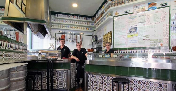 Vista general del bar (Bar Alonso, Facebook)