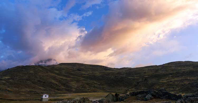 Ausangate también es conocida como la Montaña Arco iris o la Montañas de los Siete Colores (iStock)