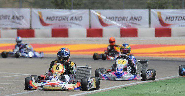 Competición en Motorland (http://www.motorlandaragon.com/es/circuito-karting/circuito-de-karting.html)