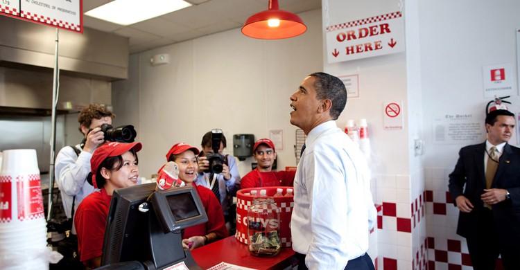 Obama pide comida rápida (Embajada de Estados Unidos en Bolivia, Foter)