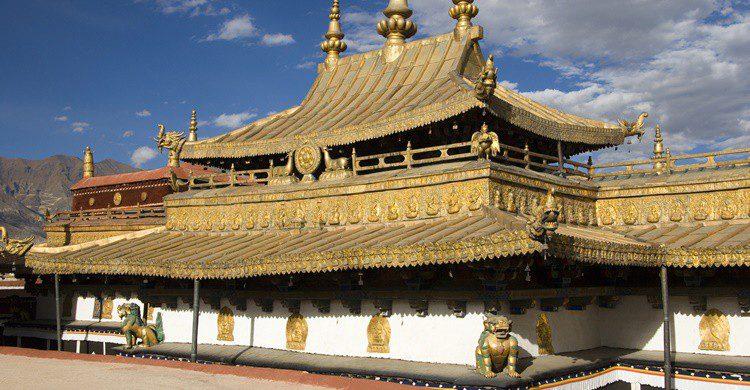 Templo de Jokhang. SteveAllenPhoto (iStock)
