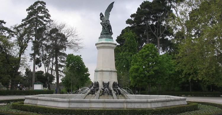 Monumento al Ángel Caído (wikimedia.org)