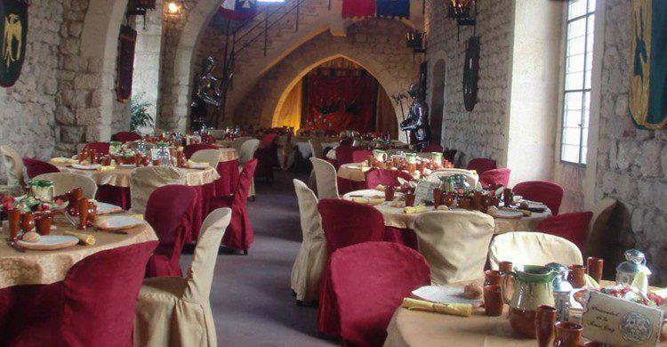 Masía medieval en Olérdola, en la provincia de Barcelona (bodas.net)