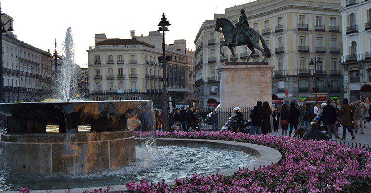 Fuente en la Puerta del Sol ( Vanessa G., Flickr)