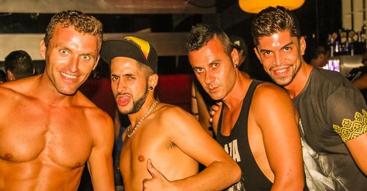 Imagen fiesta gay